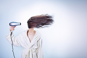 blow dryer can damage hair