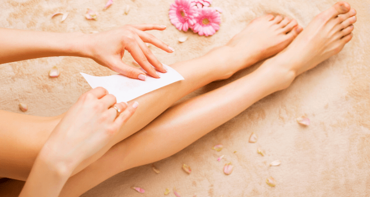 woman waxing image